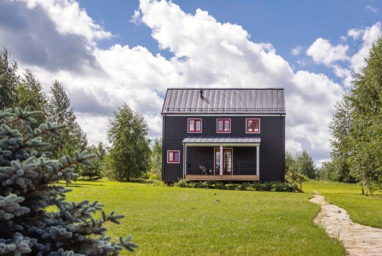 Каркасный загородный дом по доступной цене от компании MakHouse
